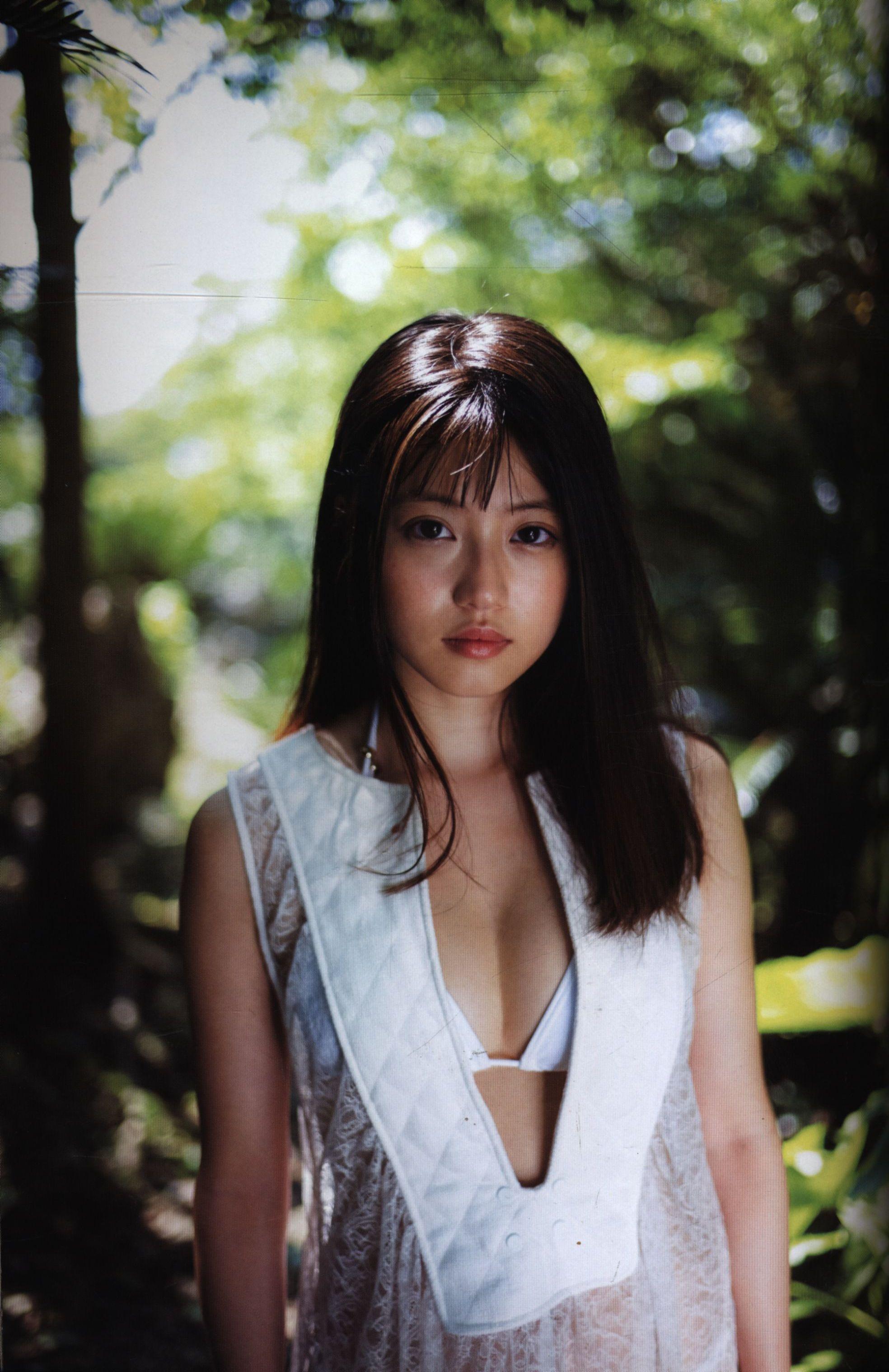 今田 美桜 ファースト 写真 集 生命力